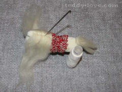 Мастер - класс лошадка из фетра или флока игрушка на елку своими руками