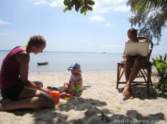 Няня в Таиланде, как подобрать няню, как выбрать хорошую няню