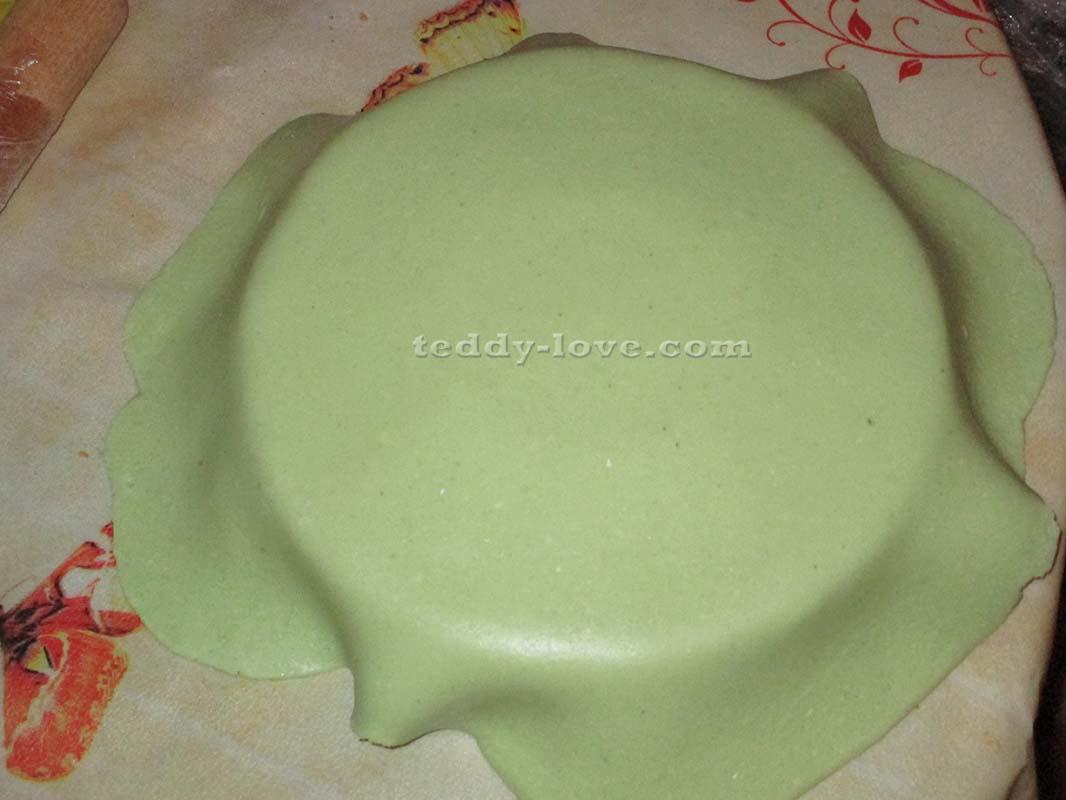 Накрываем торт мастикой