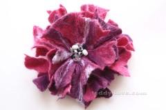 Цветок своими руками брошь из шерсти, мастер класс цветы из шерсти, валяный цветок