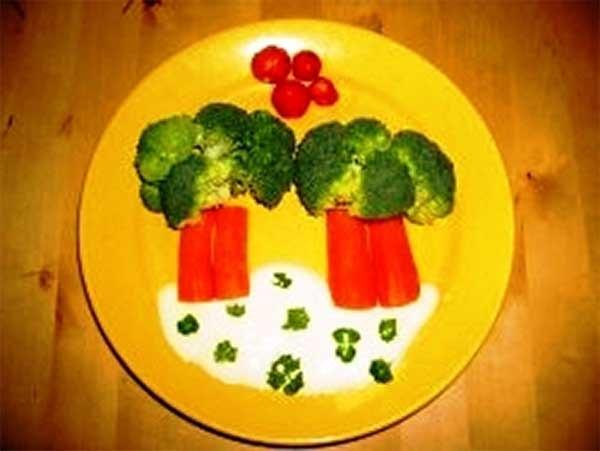 Салат из овощей и фруктов для детей