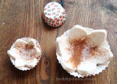 Крица с сахаром на слоеное тесто
