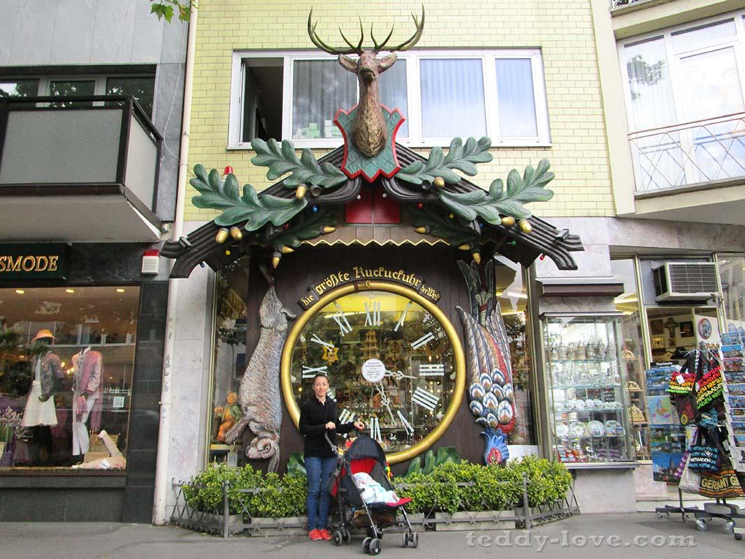 Магазин часов с кукушкой