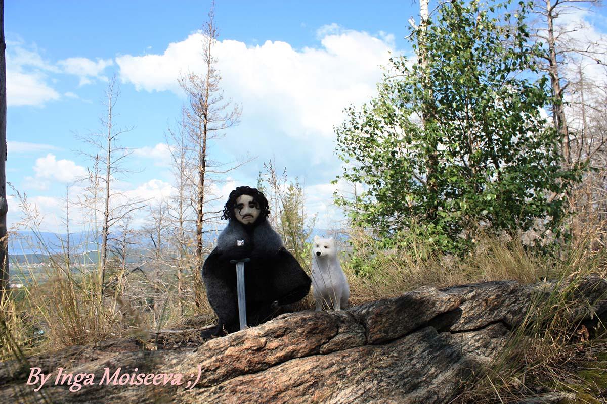 Джон Сноу и Призрак, Ильменские горы
