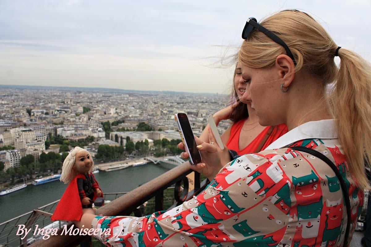 Тор на Эйфелевой башне, Париж, Франция