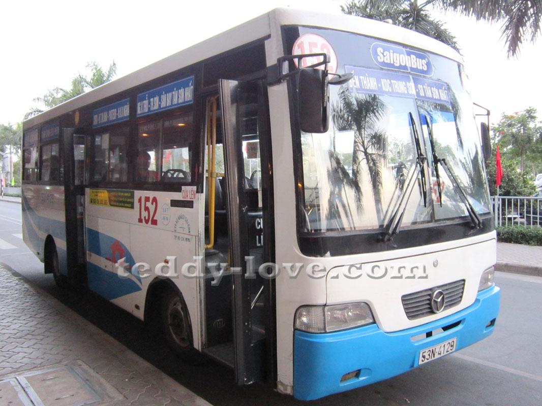 Автобус 152 из аэропорта в Хошимине в центр
