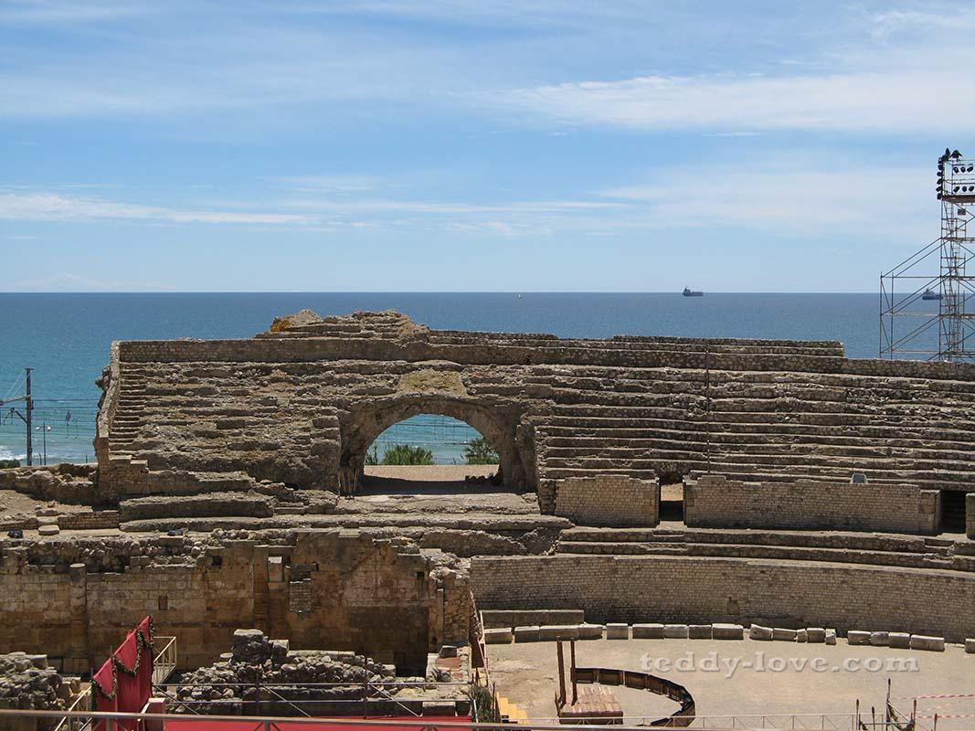 Древнеримский Амфитеатр, 2 век нашей эры