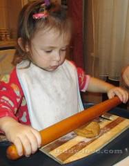 Архангельские козули и пряничный домик рецепт с фото ! Шаблоны, рецепт теста пряничного домика, глазурь для украшения пряников и козуль! Пошаговый мастер - класс.