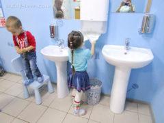 Руки перед животными мыть обязательно)