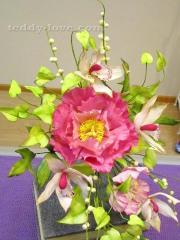 курсы по декорированию тортов в Петербурге, цветы из мастики