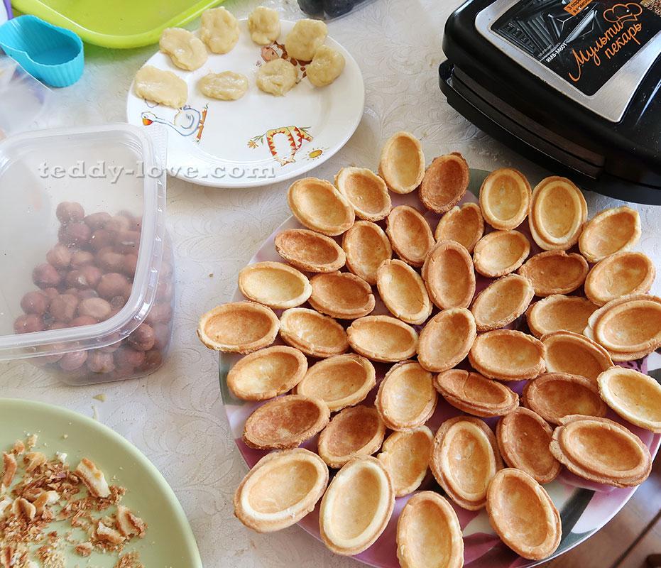 рецепт орешков в орешнице с начинкой девушки выглядит
