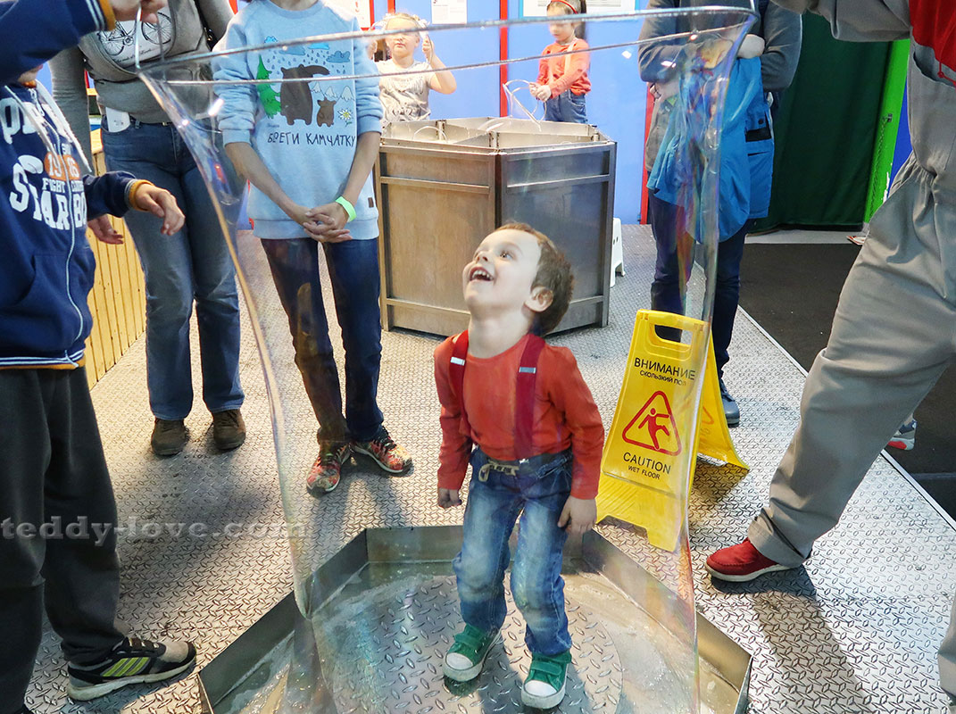 Ричард в пузыре!