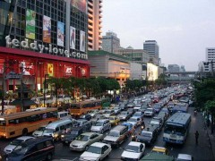 Транспорт Бангкока, Как дешево передвигаться по Бангкоку? Для этого есть автобусы, метро, речной транспорт и такси в Бангкоке.