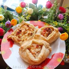 раз-два и булочки из слоеного теста готовы, простой рецепт в помощь!