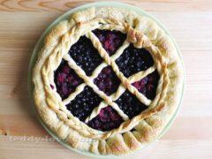 Потрясающе вкусный пирог со свежими ягодами!