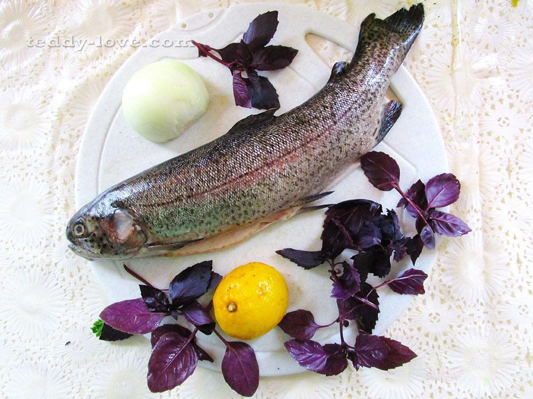 рецепт форели в духовке фаршированной овощами