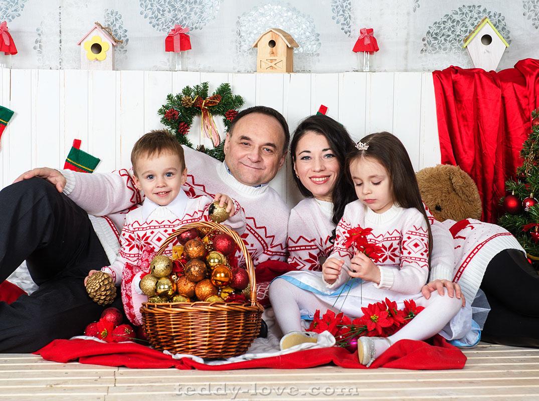это время луки в свитерах для новогодней фотосессии деревне есть
