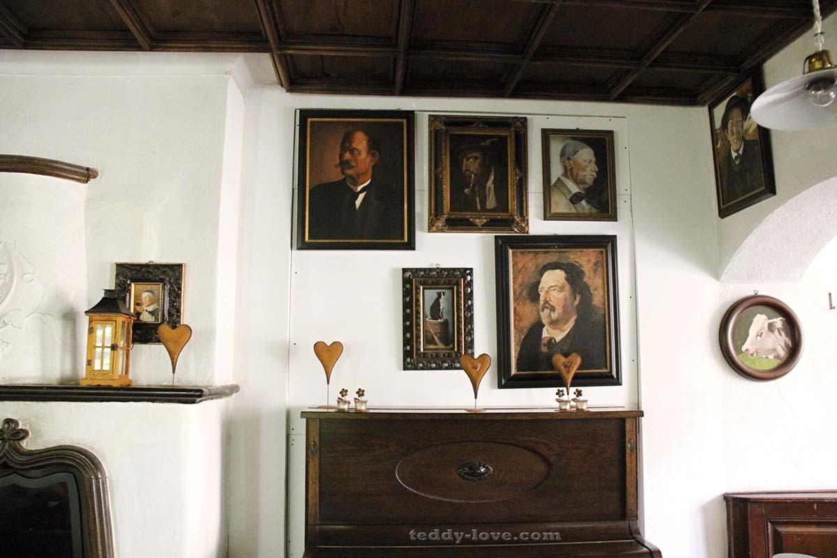 Не в каждом провинциальном музее найдется коллекция из сотни портретов 19 века!