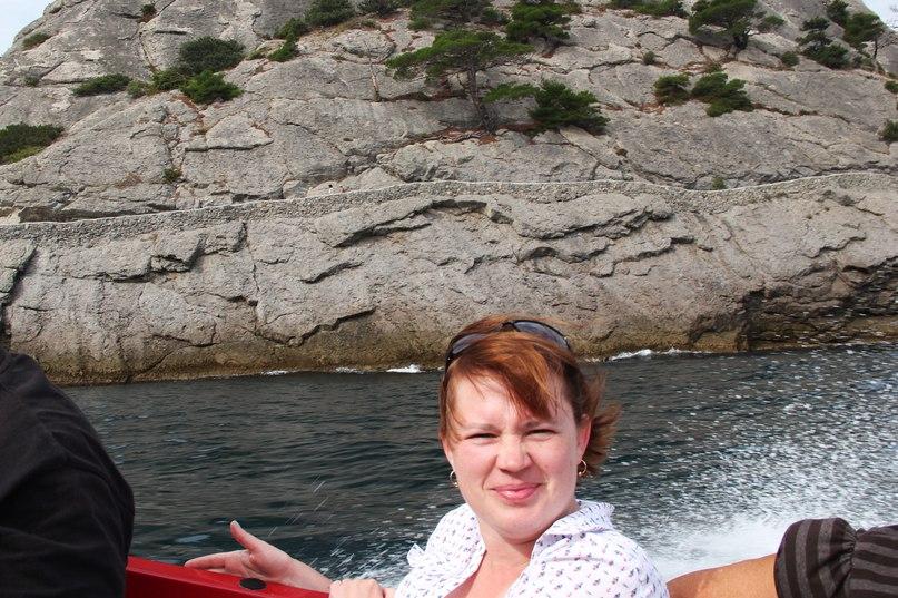 По морю из Нового Света на Царский пляж – быстро, живописно и с ветерком!