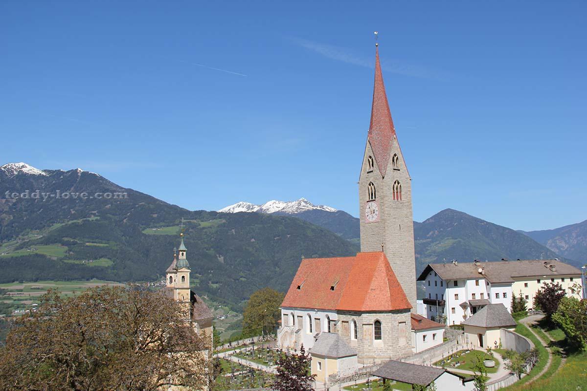 Церковь Сант-Андреа